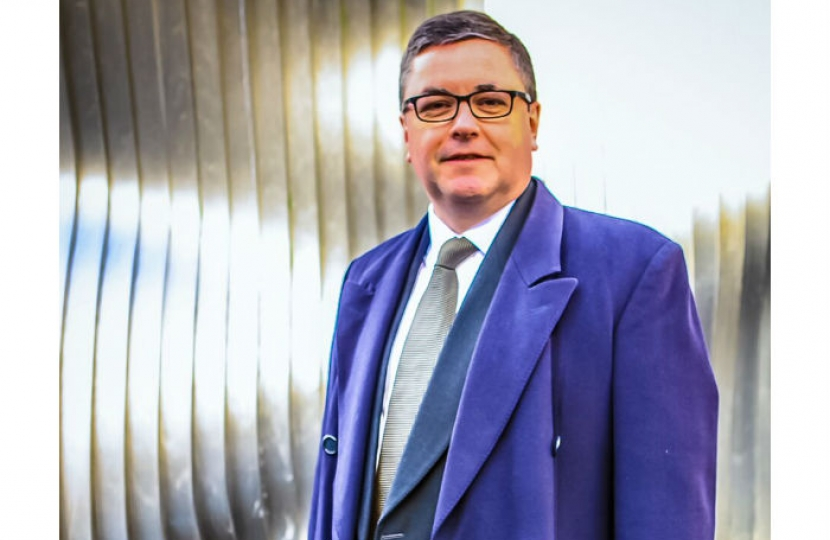 Robert Buckland MP